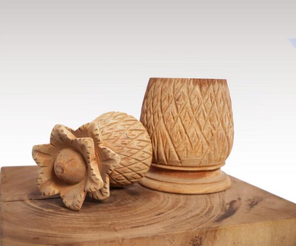Piña Wood